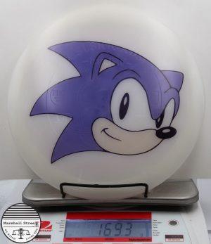VIP Hatchet, Sonic